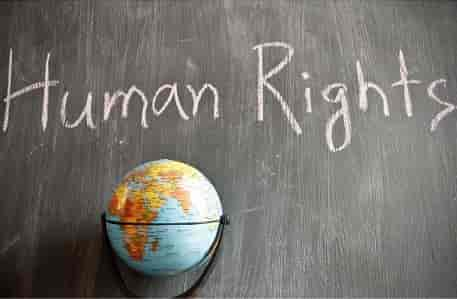 Essay on World Human Rights Day in Hindi