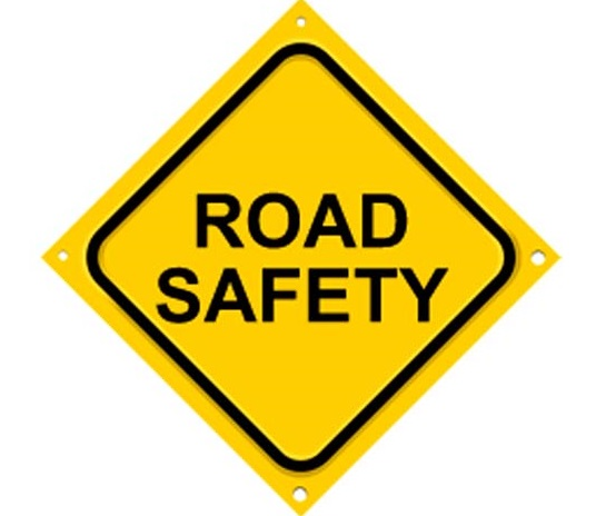 Essay on Road Safety in Hindi