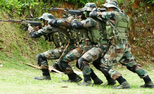 Essay on Soldier in Hindi