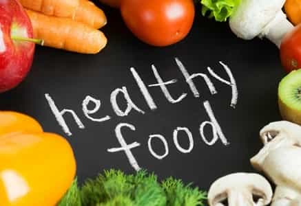 Essay on Healthy Food in Hindi